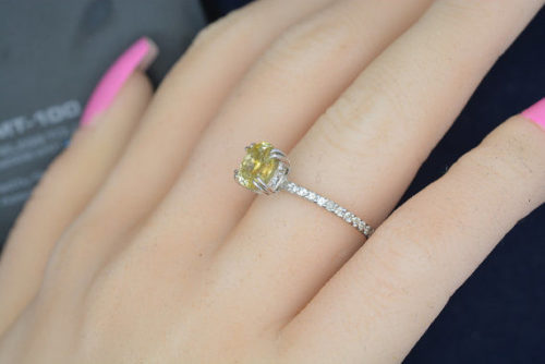 il 570xN.611406522 dska 500x334 - SOLD 1.43 Ct Natural Ceylon Yellow Sapphire White Gold Ring