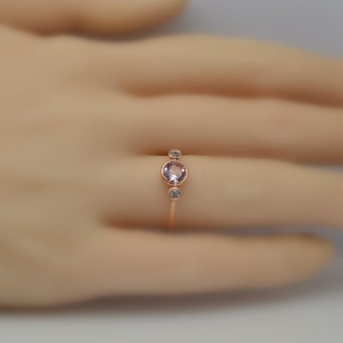 08 round 0.5 ct 22 500x500 - Round peach champagne sapphire 3 stones rose gold bezel ring two side white sapphires Fee Shipping.